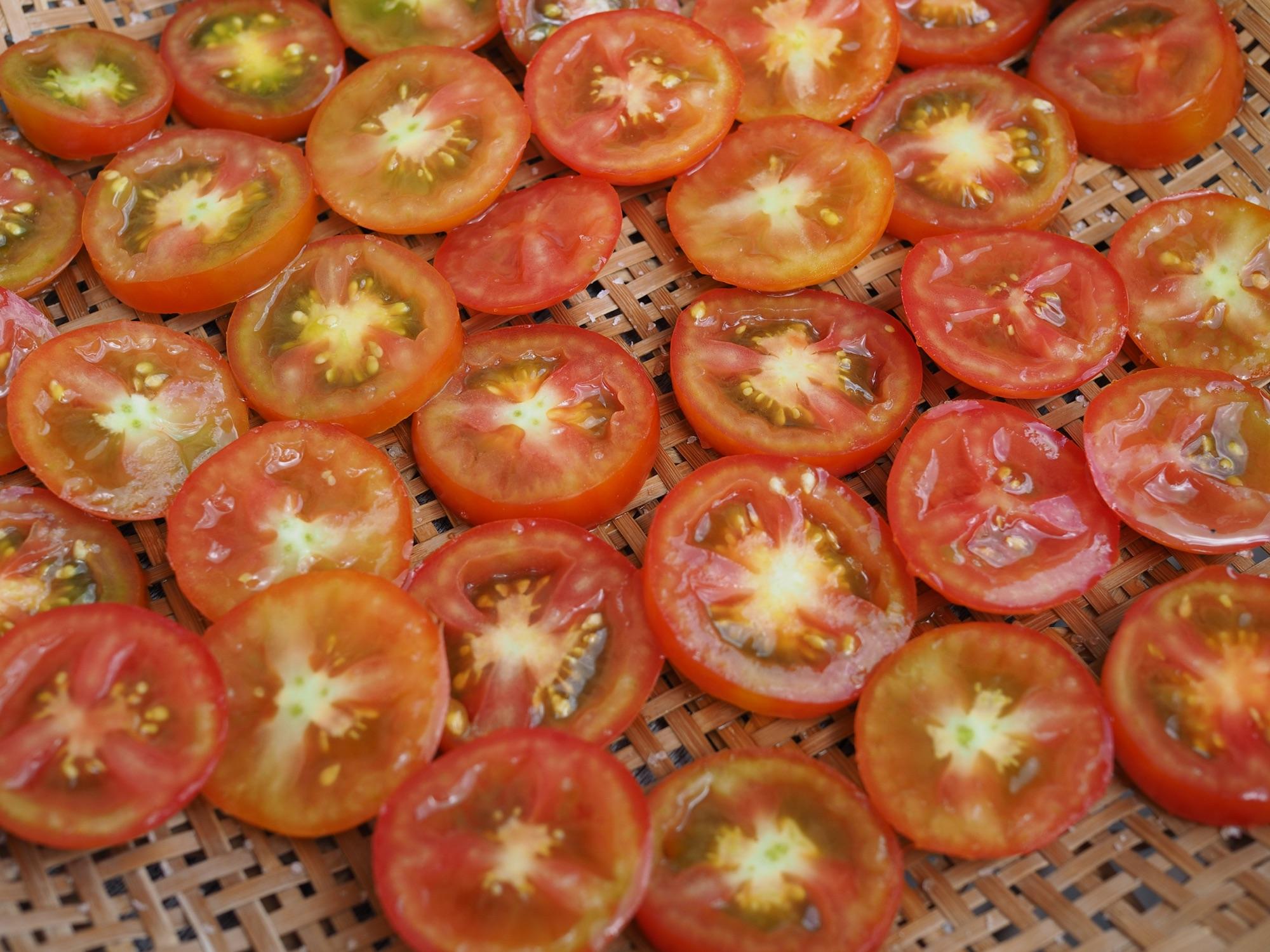 ドライドトマト赤
