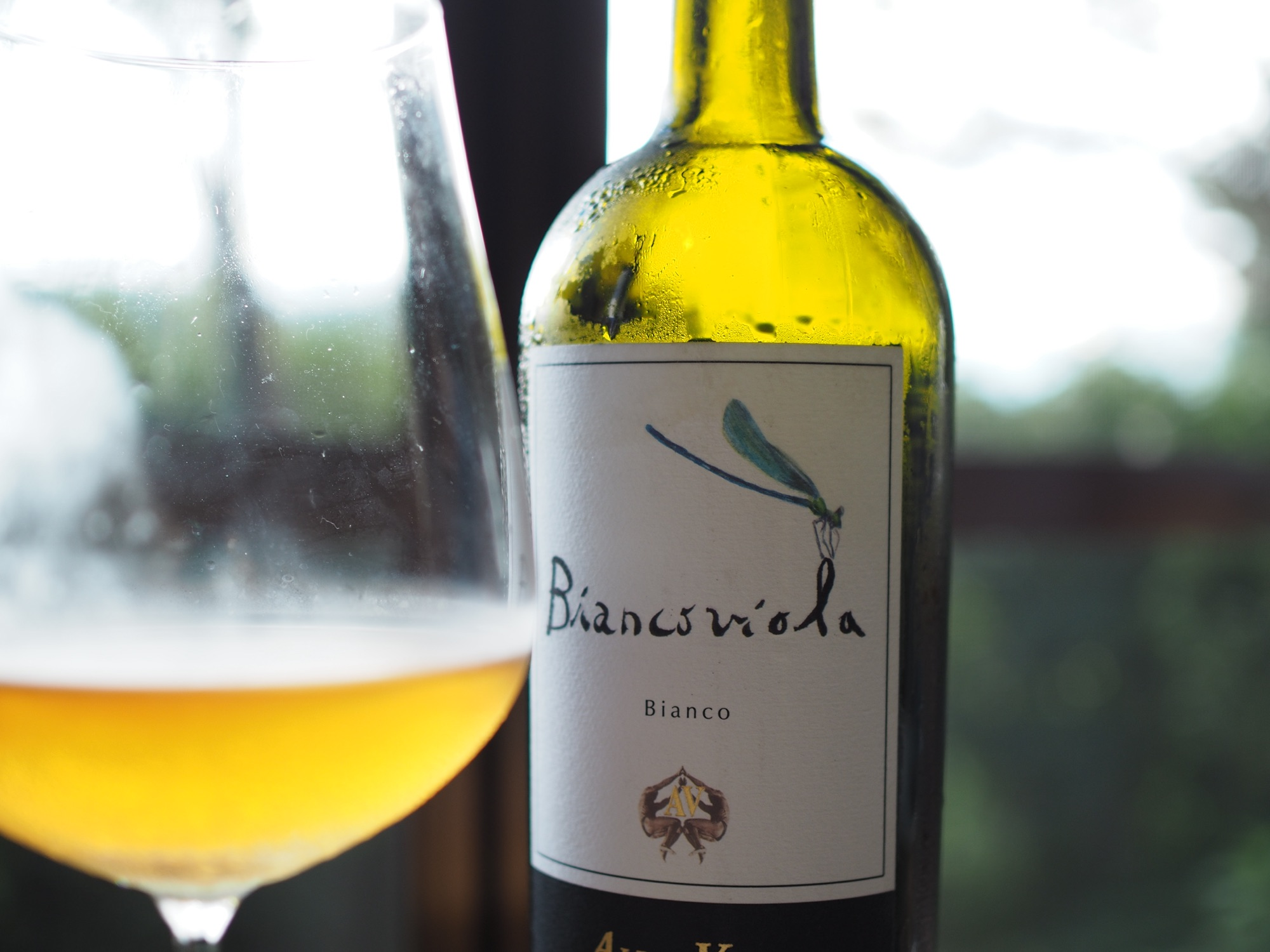 BIANCOVIOLA